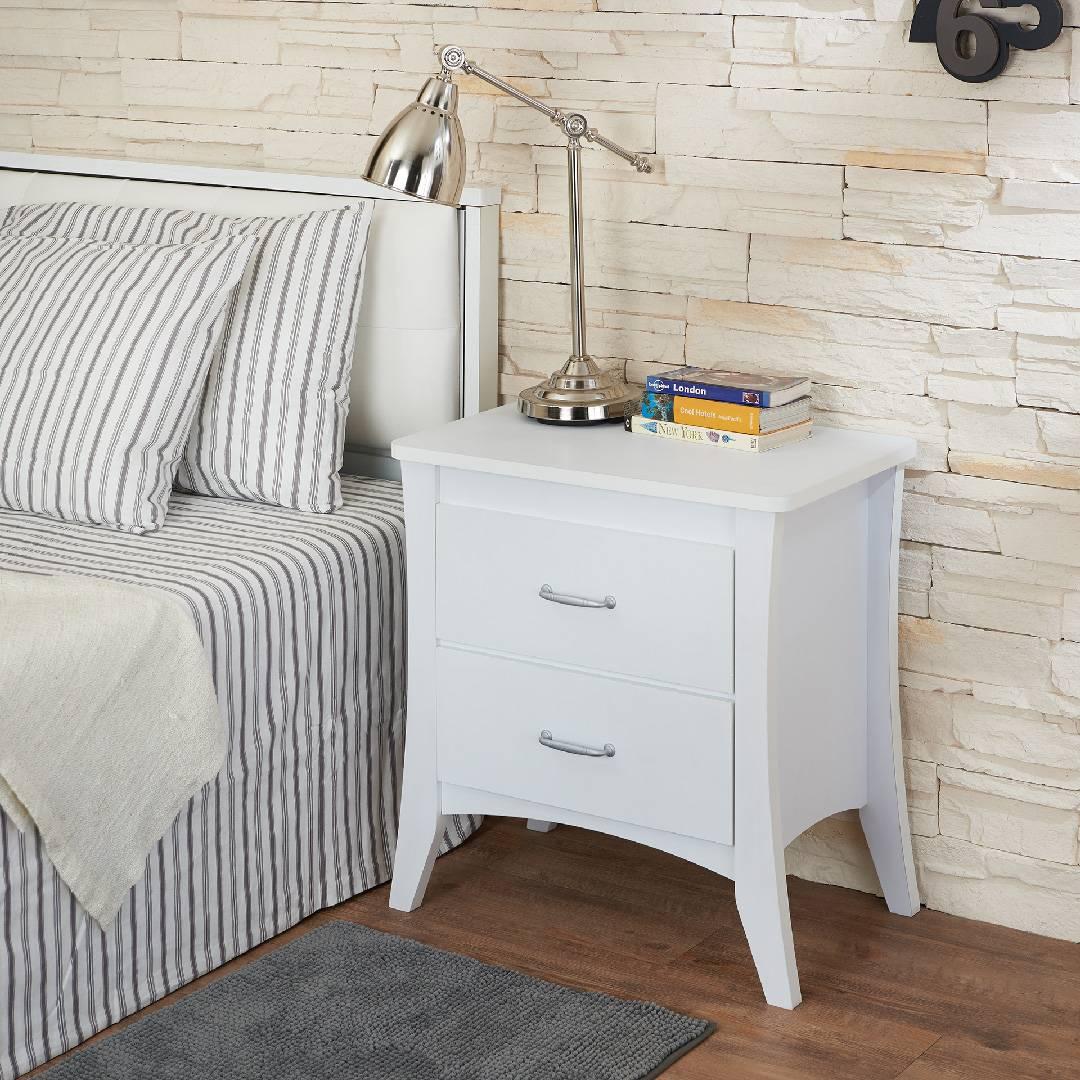 Tavolino da salotto di colore bianco brillante comodino for Mobili per la casa