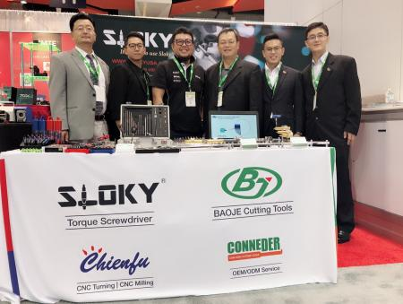 Chienfu Sloky in IMTS 2018, No432254, Chicago - Chienfu Sloky IMTS 2018 with machining parts and torque screwdriver