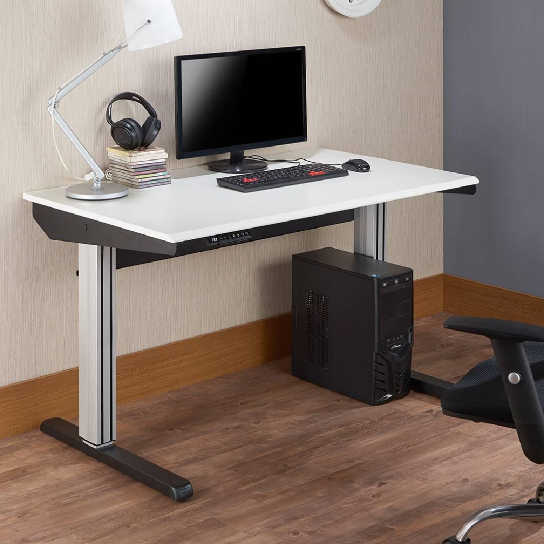 オフィス、机、引き出し3つ、ダークブラウン、シンプルな風。