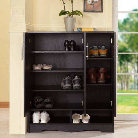 Convenient Sanmen Style Shoes Cabinet - This shoe cabinet uses the three-dimensional design.