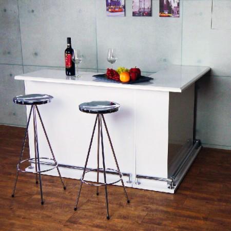 Stile industriale con sedia dal tocco tecnologico - Alta consistenza della sedia in stile industriale, mostra il tuo buon gusto.