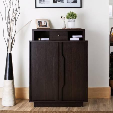 Dodaj warstwę przestrzeni u góry, szuflada jest na środku, a lewa i prawa strona to otwarta przestrzeń do przechowywania.
