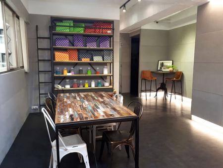 Leos' Office-1