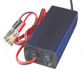 COMPACT 3-STEP LEAD-ACID BATTERY CHARGER - WHC 3 Steps 12V6A LEAD-ACID BATTERY CHARGER