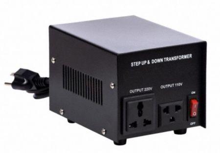 アップグレードバージョン110V / 220VACから220V / 110VACトランス-500VA - 500VAステップアップおよびステップダウン110V-220Vから220V-110V安定化電圧コンバーターのアップグレードバージョン