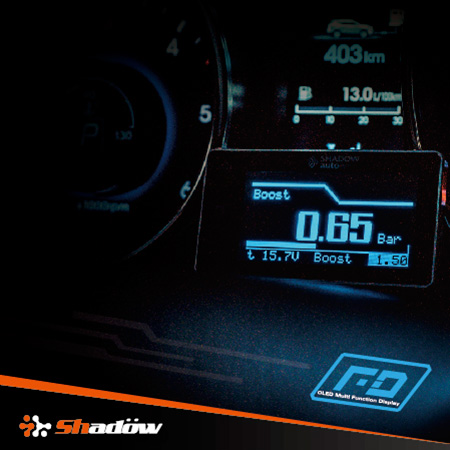 OLED gauge can show four kinds of information at the same time.