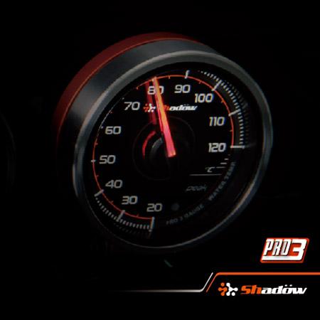 Temperatura dell'acqua e pressione dell'olio e manometro da corsa boost.