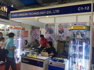 Chienfu Sloky in MTA Vietnam 2017 with Acutol (Booth # C1-12, 4~7th of July) - Come and check our CNC precision, lathing, milling and turning parts; of course also Sloky Torque screwdriver and wrenches for all different application including Shooting/Hunting, Circuit board, Tire pressure detector, Bicycle, DIY Market, Drum, Lens, 3C devices and Golf Club. User friendly for CNC cutting tools of machining, lathing, turning, and milling parts.