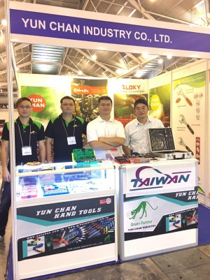 Chienfu Sloky in Singapore Torque-Expo, booth # B18 (Hall 1), 19 – 20 Sept - Chienfu Sloky in Singapore Torque-ExpoCome and check our CNC precision, lathing, milling and turning parts; of course also Sloky Torque screwdriver and wrenches for all different application including Shooting/Hunting, Circuit board, Tire pressure detector, Bicycle, DIY Market, Drum, Lens, 3C devices and Golf Club. User friendly for CNC cutting tools of machining, lathing, turning, and milling parts.