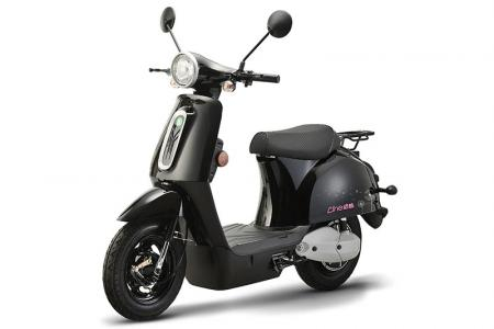 Line Electric Bike in Black