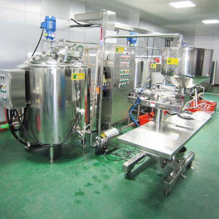 Nhà máy chế biến sữa dê