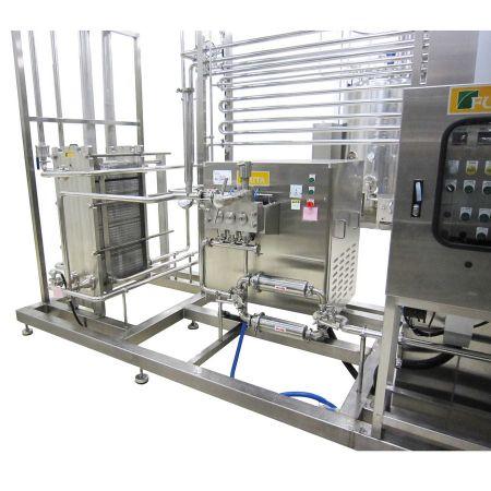 Pasteurizadores HTST - Sistema de pasteurización HTST con intercambiador de calor de placas y marcos.