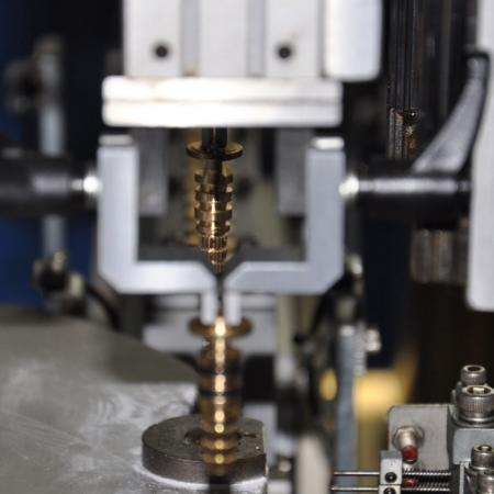 Mesin Pemasangan Automatik