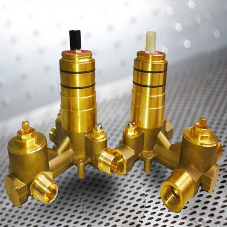 다이 버터 장착 압력 밸런스 밸브 (PBVL) - 다이 버터가있는 압력 밸런스 밸브
