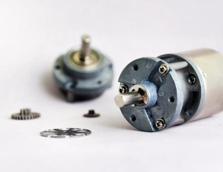 30-35 mm planetary gear reducer can extra encoder and controller.