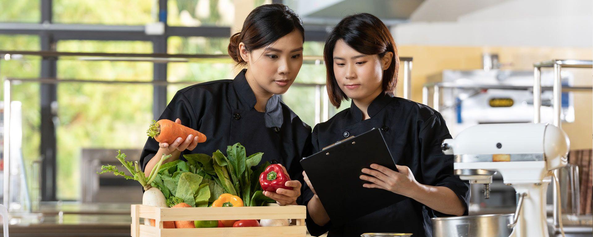 Identificeer en los verschillende obstakels voor voedselproductie op en zorg voor de ultieme voedseloplossing