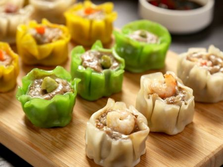 Can work with a variety of shumai filling