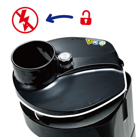 O pó automático e seguro é desligado ao abrir a tampa.