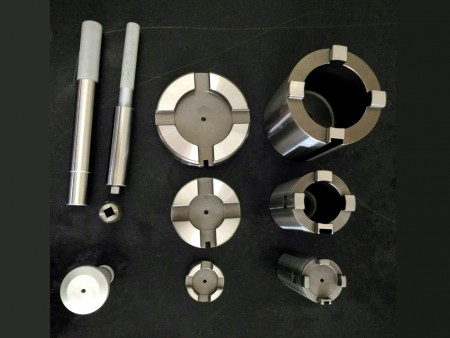 The components are provided by Ju Feng's grinding center feature high accuracy.