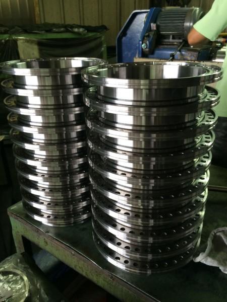 تشمل قدرات الطحن لـ Ju Feng الإنتاج الصغير والعالي الحجم.