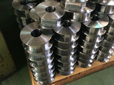 Ju Feng turning center has the advantages of tight tolerance and short delivery time.