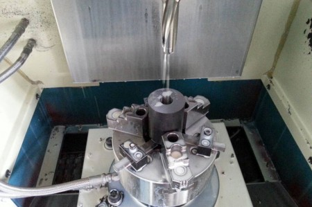 Ju Feng's drilling center