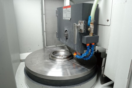 JFS has several sets of CNC machines for turning, milling, polishing and so on.