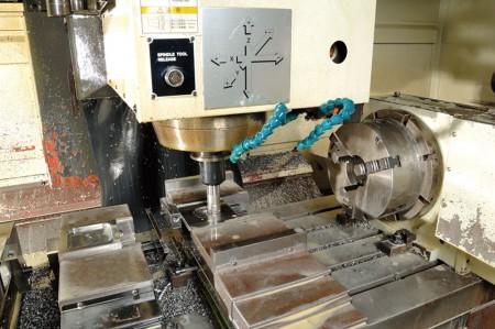 يتمتع فريق JFS بخبرة واسعة في صناعة تصنيع الصلب.