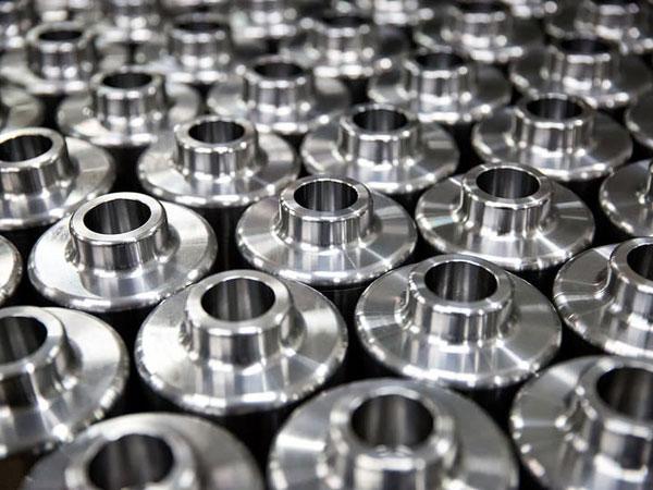 تقدم Ju Feng المواد الفولاذية التي يمكن استخدامها لتصنيع الأجزاء.