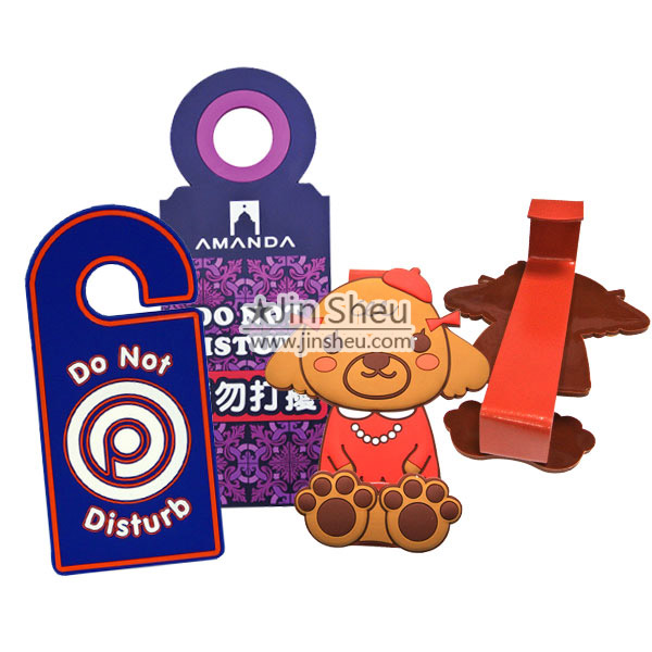 Door Hangers & Over Door Hooks