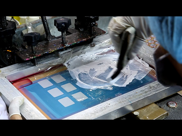 custom silkscreen printed laple pins