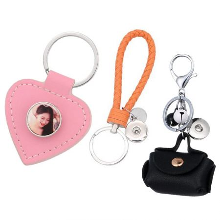 Wholesale snap button keychain
