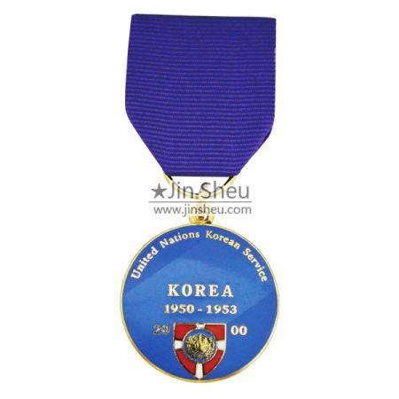 custom round militray medal