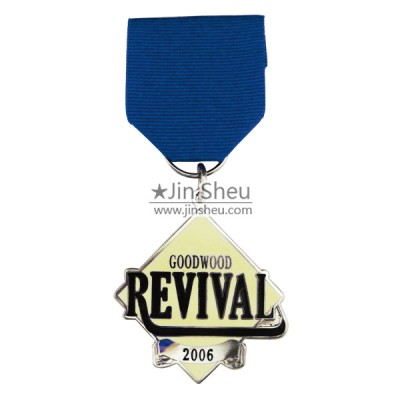 silver short ribbone medal