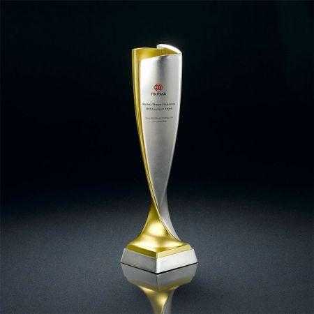 zinc alloy employee trophies
