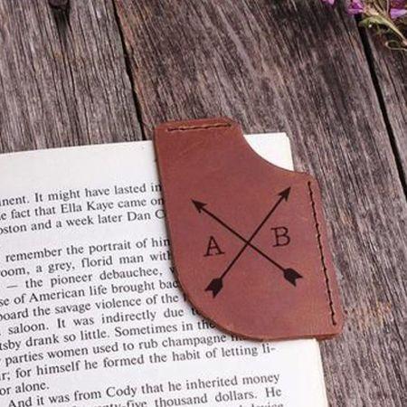 custom shaped PU leather corner bookmark