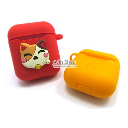 personalized silicone airpods earphone pouch