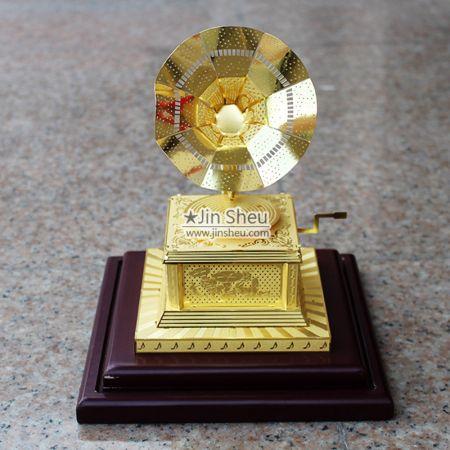 vintage phonograph ornament