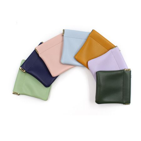leather coin wallet with snap top spring