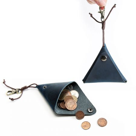 leather small triangle coin pouch