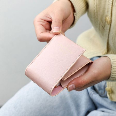 Leather Lipstick Pouch with Mirror