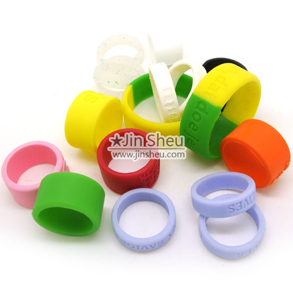 Flexible and Durable Finger Rings