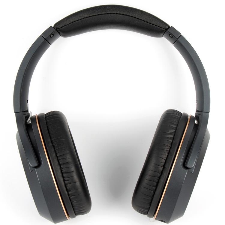 Professional headphones OEM.