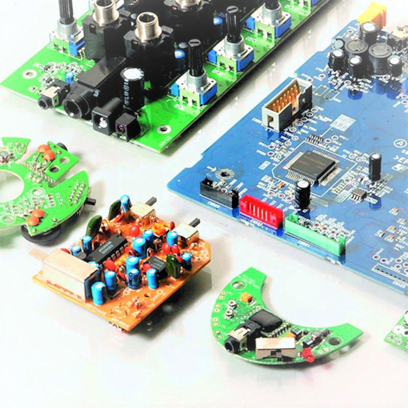 توفير تصميم وتصنيع ميكروفون وسماعة مخصصة حسب الطلب من الداخل إلى المظهر.