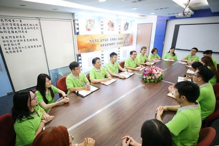 Sala riunioni nell'ufficio di Asia Connection