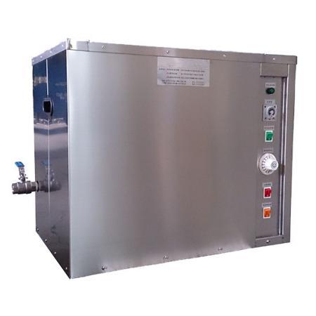 Utilisation de la vibration des ultrasons pour nettoyer la surface grasse des produits.