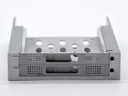 Raid Storage Chassis - Telaio di stoccaggio raid in alluminio
