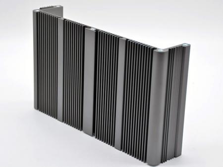 Châssis intégré anodisé gris avec tube en cuivre - Personnaliser le châssis intégré