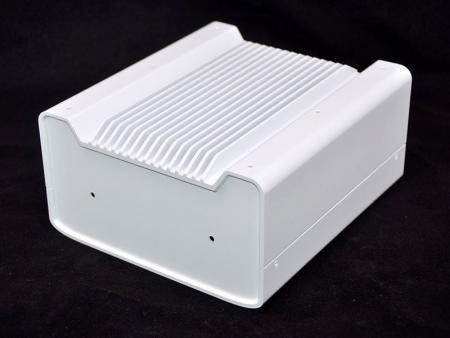烤漆白色崁入式電腦機殼 - 烤白色抗菌漆崁入式電腦機殼