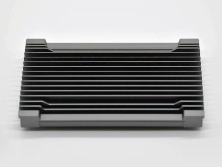 CNC加工噴砂陽極鐵灰色散熱片 - 陽極噴砂主機板散熱器